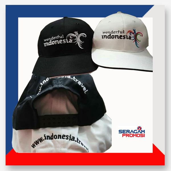 Seragam berupa topi memang jauh lebih menarik dibandingkan dengan merchandise jenis lainnya. Sebab lebih mencolok dan seperti yang diulas di poin sebelumnya jika mudah terlihat.